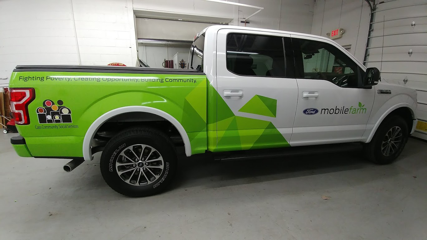 Vehicle Wraps & Decals - Lettering inc